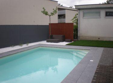 Schwimmbad in Mäder