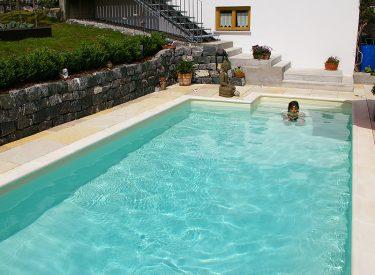 Schwimmbad in Hohenweiler