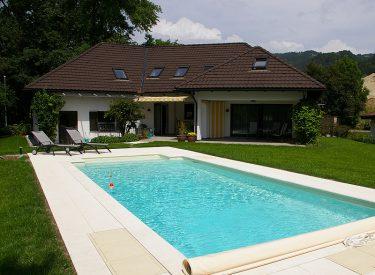 Schwimmbad in Lochau